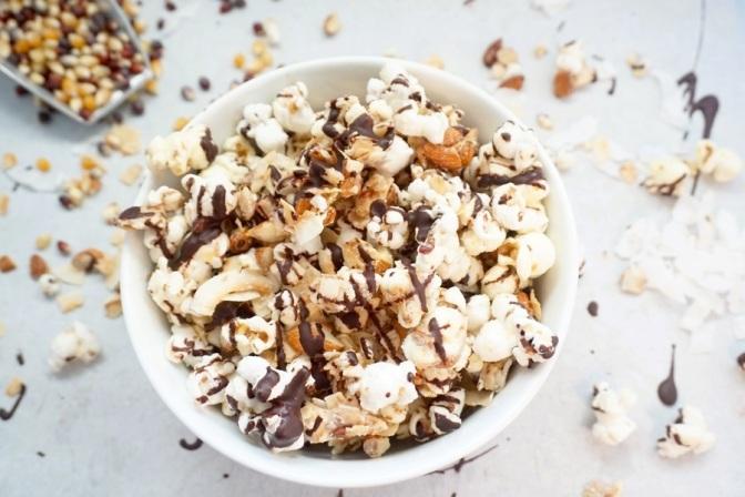 Dark chocolate almond joy popcorn (vegan)